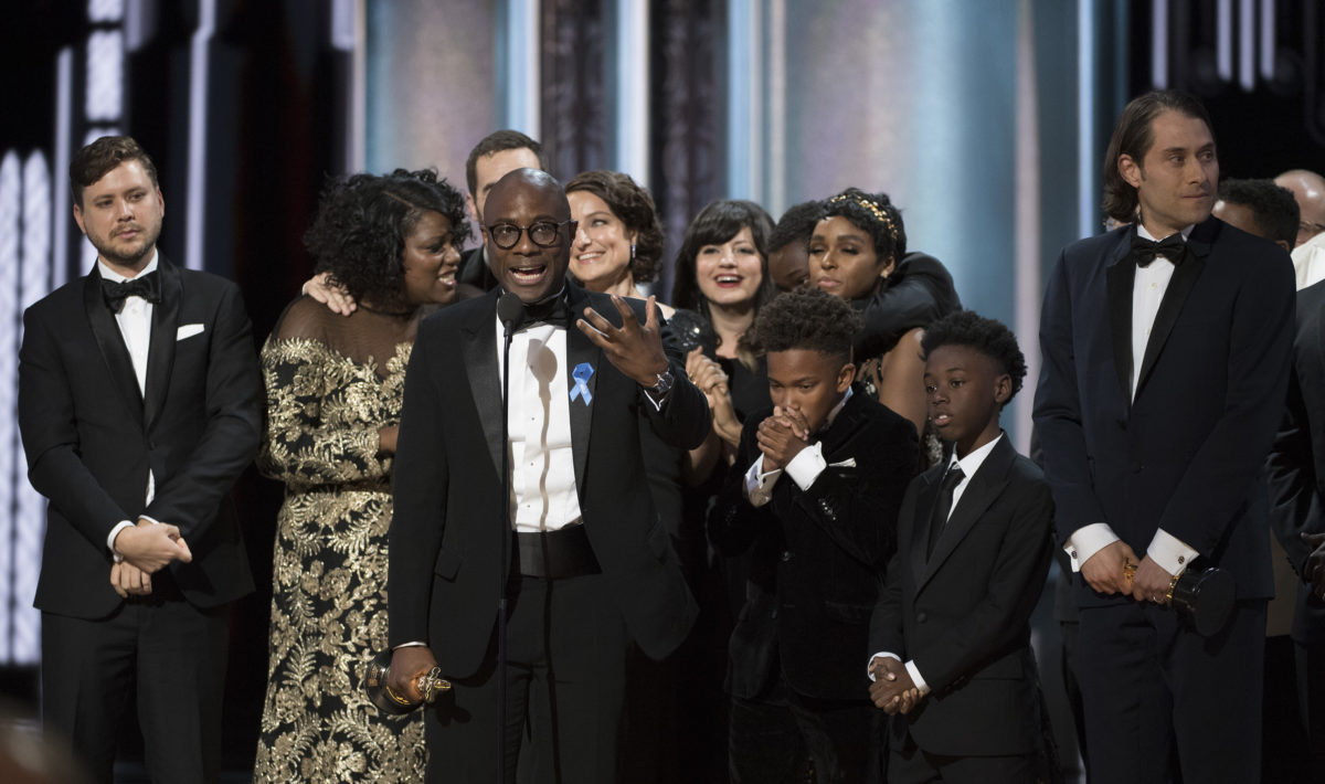 The cast and crew of Moonlight at the 89th Oscars