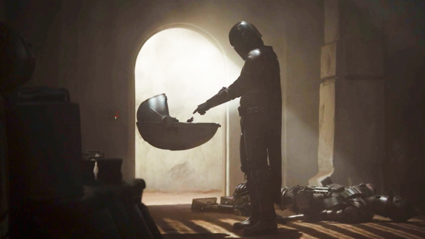 The first meeting between Grogu and Mando