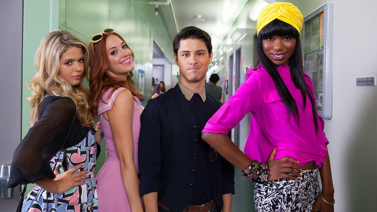"""(Left to right) Sasha Pieterse as """"Fawcett"""", Andrea Bowen as """"'Shley"""", Michael J. Willett as """"Tanner"""", and Xosha Roquemore as """"Caprice"""" in 'G.B.F.' (2013)."""