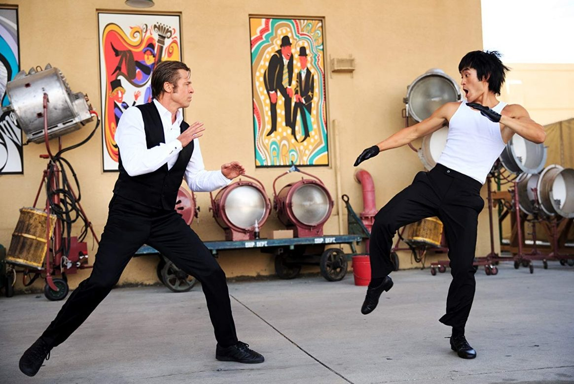 Cliff (Brad Pitt) faces off against Bruce Lee (Mike Moh).