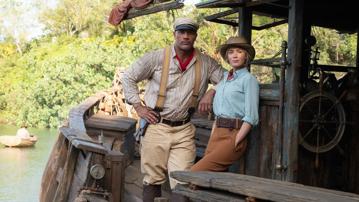 """A still from """"Jungle Cruise"""" of Lily and Frank on the boat"""