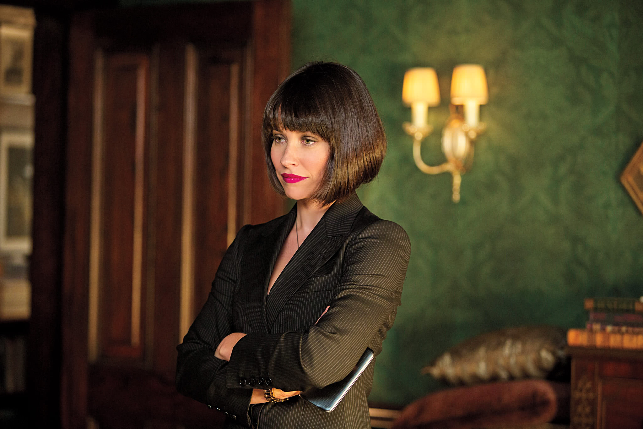 """A still from """"Ant-Man"""" of Hope Van Dyne standing"""